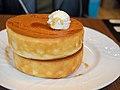 Fluffy Japanese Pancake - Shibuya (41950827231).jpg