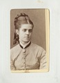 Fotografiporträtt på Augusta Hök, 1800-tal - Hallwylska museet - 107617.tif