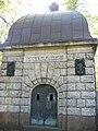 Friedhof-columbiadamm-mausoleum.jpg