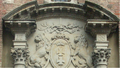 Front door and portal of Gdańsk Town Hall detail.png