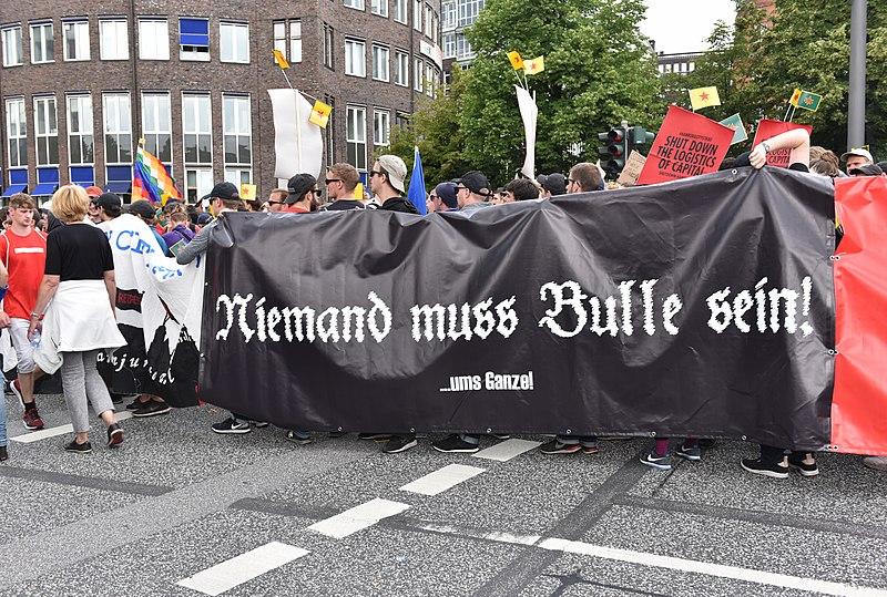 File:G-20 - Schwarzer Block 07.jpg