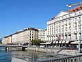Geneve Quai Bergues 2011-09-10 10 09 28 PICT4582.JPG