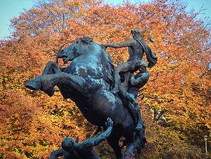 """Ros Beyaert"" - bronze statue for the 1913 World fair in Gent, Belgium"