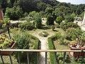 Giardino visto dall' interno della fattoria dei Borboni.JPG