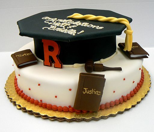 Graduation cake with cap (4667090156)