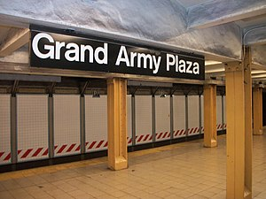 Grand Army Plaza (IRT Eastern Parkway Line) - Inside the station