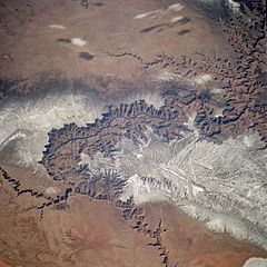 Grand Canyon winter STS060-83-5.jpg