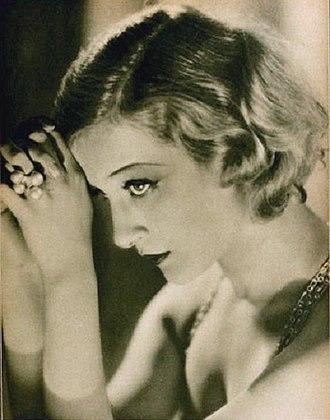 Greta Nissen - Nissen in 1927.