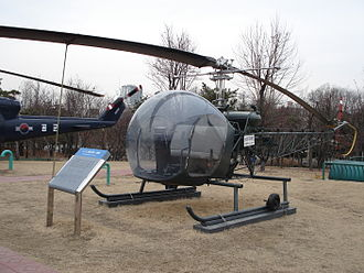 Bell H-13 Sioux - An H-13 on display at the War Memorial of Korea in Seoul.