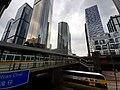 HK 灣仔 Wan Chai 菲林明道 Fleming Road 告羅士打道 Gloucester Road footbridge Central Plaza October 2019 SS2 03.jpg