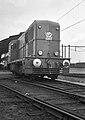 HUA-154293-Afbeelding van de diesel electrische locomotief nr 2401 serie 2400 2500 van de NS te Utrecht Maliebaan.jpg