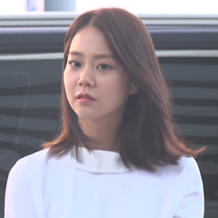 Han Seungyeon at Incheon International Airport (2).png