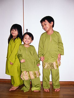 Malaysian cultural outfits Malaysian clothing