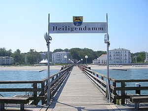 Heiligendamm - Seebrücke (pier) towards Heiligendamm spa