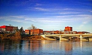 Hickory Street Bridge, Warren, Pennsylvania.jpg