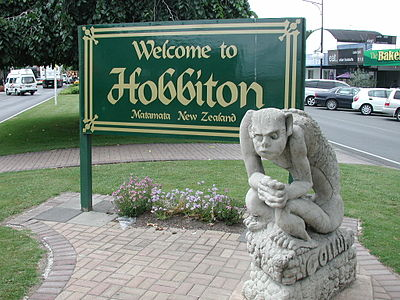 Hobbiton sign in Matamata.jpg