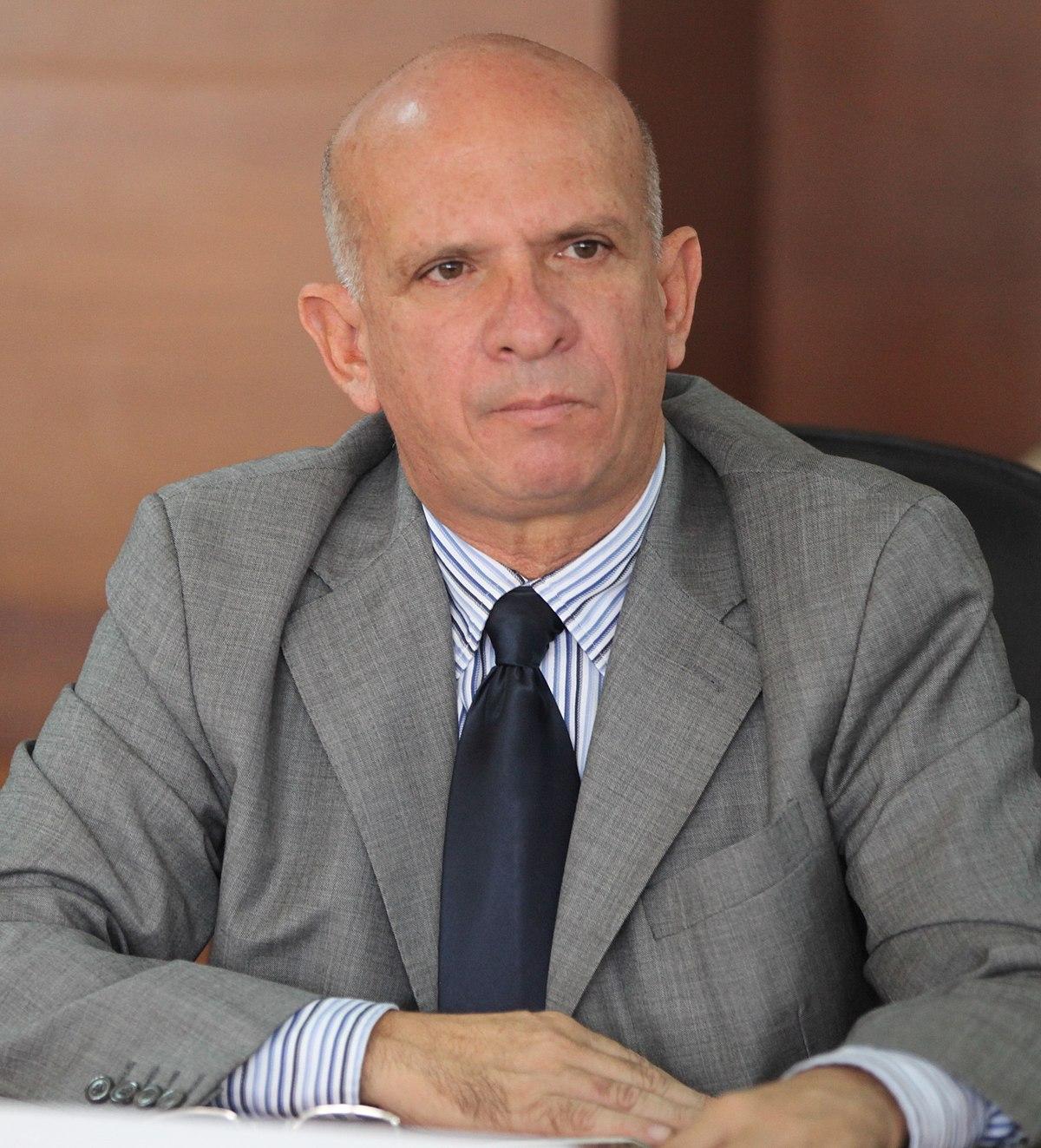 Hugo Carvajal - Wikipedia, la enciclopedia libre