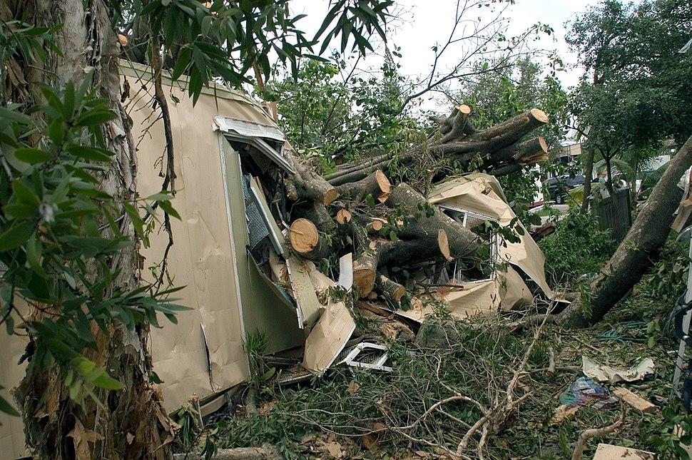 Hurricane damage to mobile home in Davie Florida