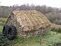 Hut, Lugasnaghta - geograph.org.uk - 1178112.jpg