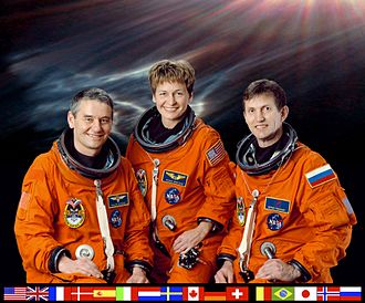 Orange (colour) - Image: ISS Expedition 5 crew