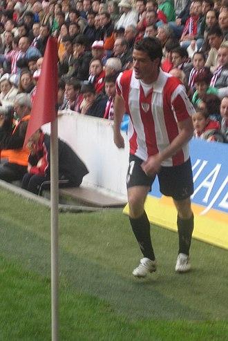 Igor Gabilondo - Gabilondo taking a corner for Athletic in 2008
