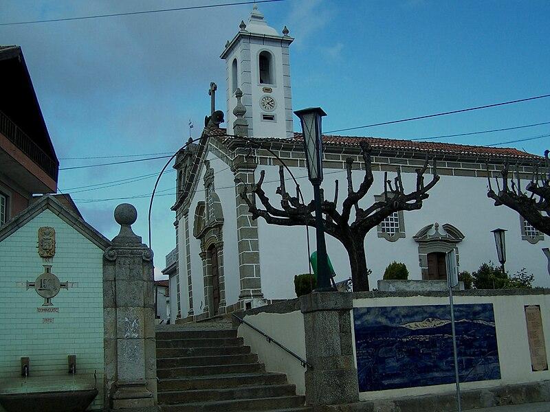 Image:Igreja Paroquial do Dominguizo.JPG