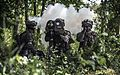 Infanteriesoldaten trainieren (27136133680).jpg