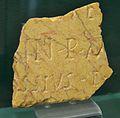 Inscripció sepulcral de marbre de Buixcarró, vil·la romana de Cornelius.JPG