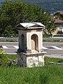 Isera - Capitello votivo SP90.jpg