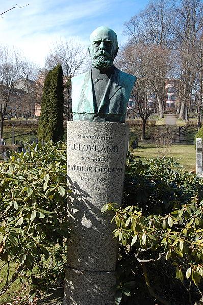 File:Jørgen Løvland, gravminne på Vår Frelsers gravlund, Oslo.JPG