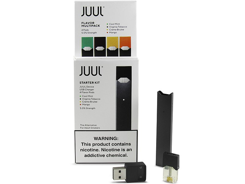 File:Juul with pods (29395579877).jpg