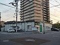 Kansai Mirai Bank Hanaten branch.jpg