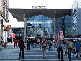 Katowice - widok dworca z zewnątrz