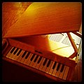 Kawai Toy Grand Piano (photo by frontriver).jpg