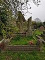 Kensal Green Cemetery (40592749763).jpg