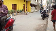 File:Kids playing Lagori in a Bangalore street.webm