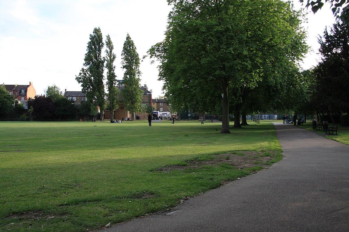 Kilburn Grange Park - ...