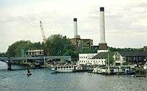 Kingston power station thames5.jpg