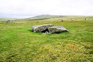 Dartmoor kistvaens - Kistvaen to the south of the Merrivale stone rows