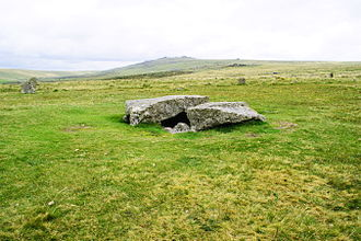 Kistvaen - Kistvaen to the south of the stone rows at Merrivale on Dartmoor