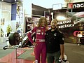 Kraken y Fernanda Bras con el Auto de Eliseo GP Masters.jpg