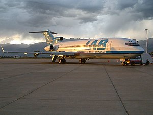LAB Airlines B727-200 (CP-1366) at Jorge Wilstermann International Airport.jpg