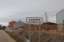 LE-Laguna de Negrillos 01.jpg