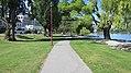 Lake Esplanade, Queenstown (482913) (9481898471).jpg
