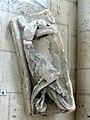 Laon (02), cathédrale Notre-Dame, bas-relief - bloc sulpté déposé et remplacé lors d'une restauration 3.jpg