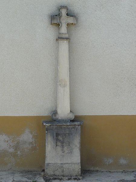 Le Bouchon-sur-Saulx (Meuse) croix de chemin