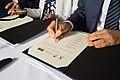Les Écoles de NewUni signent leur convention de coopération (43283242870).jpg