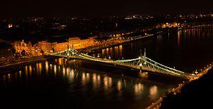 Liberty Bridge in Budapest.jpg