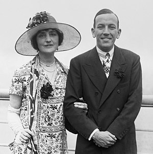 John Gielgud - Noël Coward with Lilian Braithwaite, his, and later Gielgud's, co-star in The Vortex