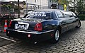 Lincoln Town Car Stretch limo (47828403472).jpg